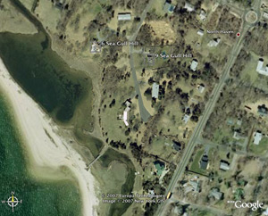North Haven Spec House Battle 6 sea gull hill rd. vs. 9 sea gull hill rd. hamptons real estate for sale